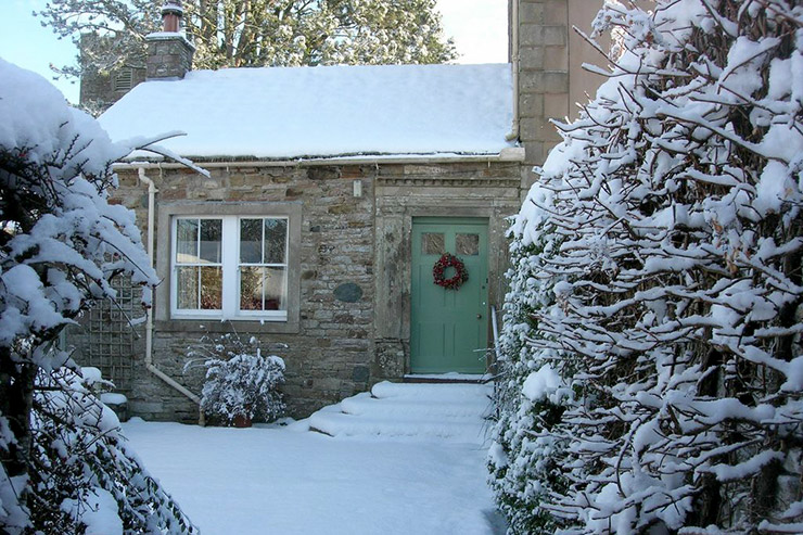 Glebe Cottage in the Snow